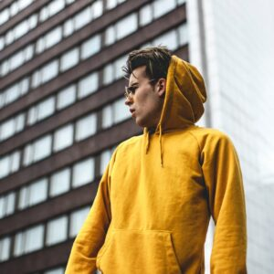 men-yellow-hoodie-street-style-forstepstyle-marektpalce-stealth-mode-vendor
