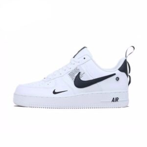 NIKE AIR FORCE 1'07 white
